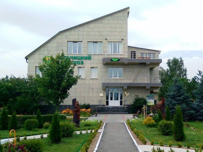 Лельчицкий лесхоз,здание