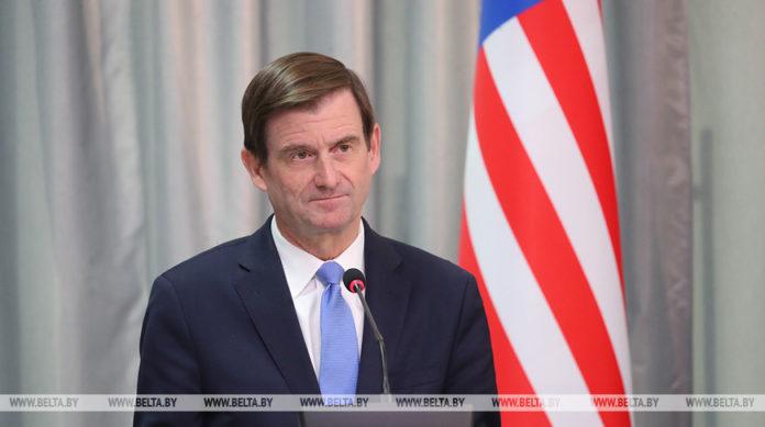 Дэвид Хэйл, посол, США