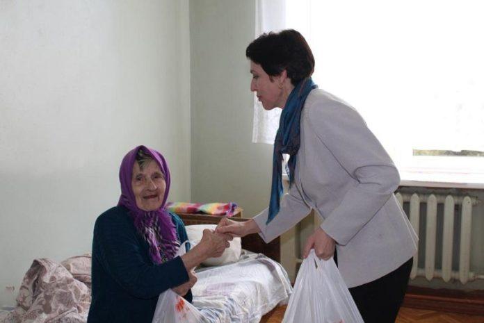 Симоничи, больница, День матери